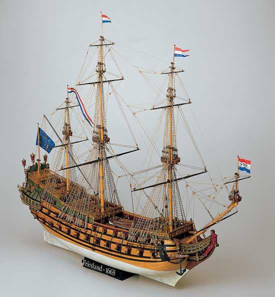"""Le """"Friesland"""" au 1:75e de Mamoli. - Page 5 Mamoli10"""