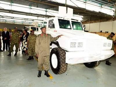 Armée Ougandaise/Uganda Peoples Defence Force (UPDF) - Page 5 A2092010