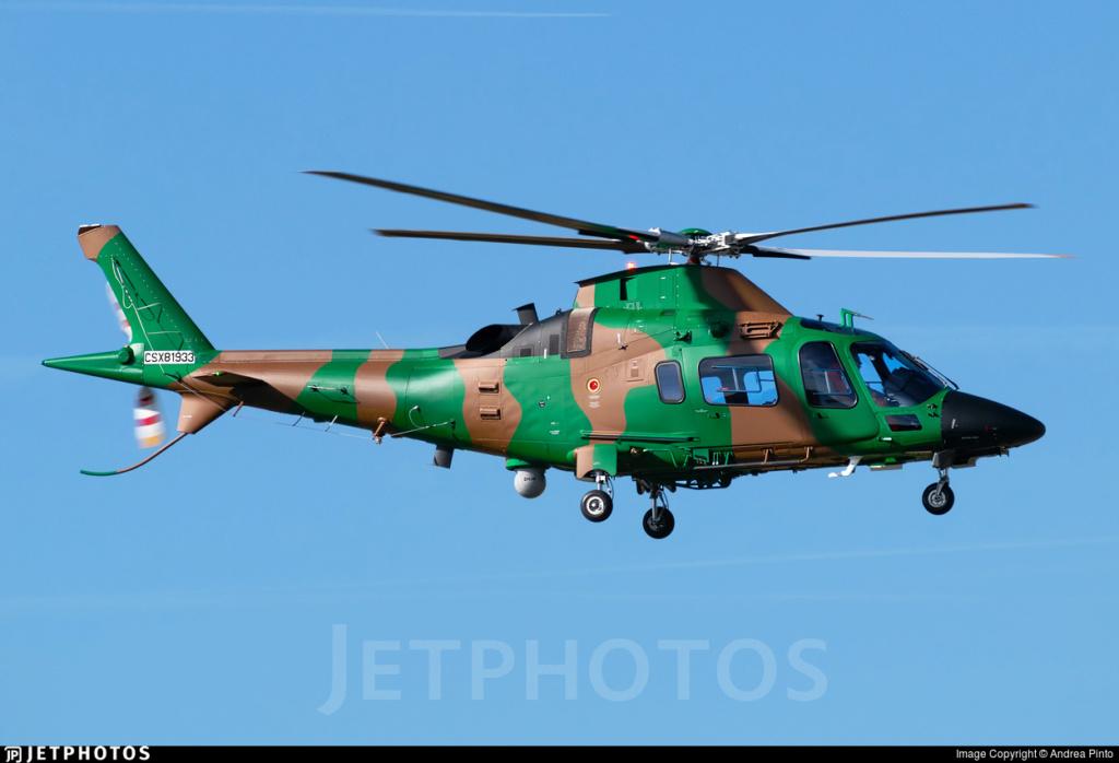 Forces Armées Camerounaises - Page 7 A2172410