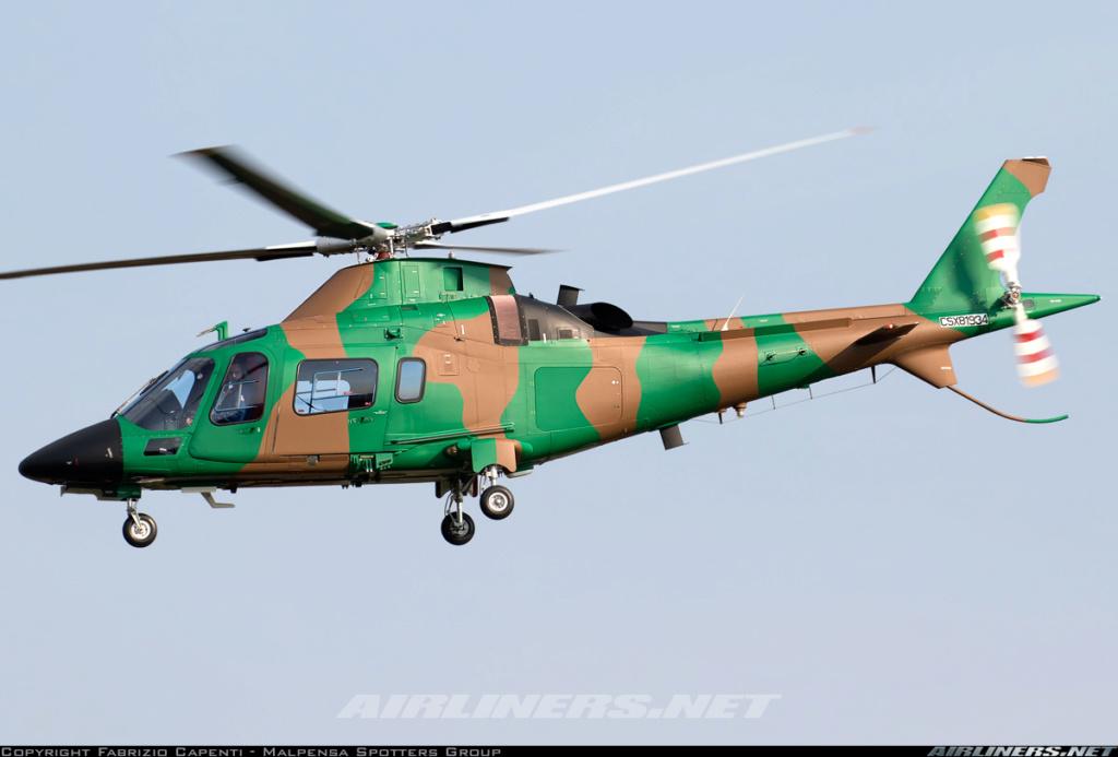 Forces Armées Camerounaises - Page 7 A2172510