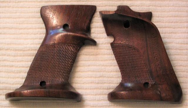 SOLD --- Herrett Grip For The Model 52 Img_0318