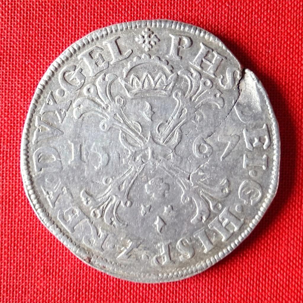 Escudo de la Cruz de Borgoña, 1567 Felipe II. Ceca de Nimega 1567hb10