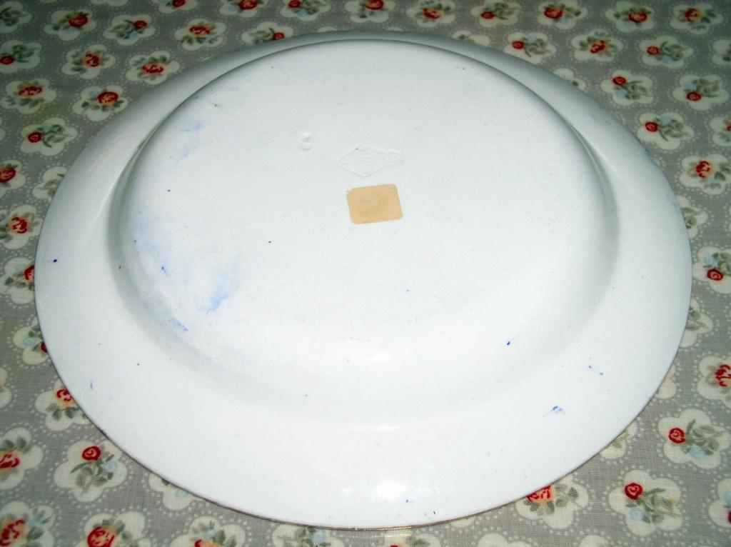 Victorian? Blue & White Soup Bowl Registration Mark to base???? P1010348