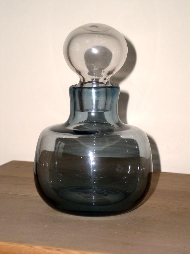 Unusual Mid century decanter or Genie Bottle Scandinavian??? P1010516