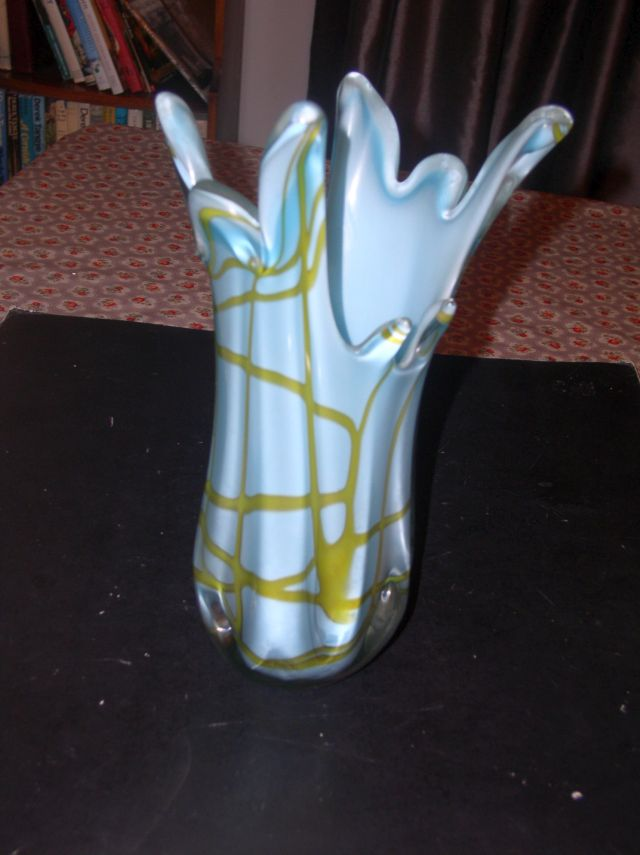 Large Multi Color Hot Worked Vase (Attribution help please) P1010615