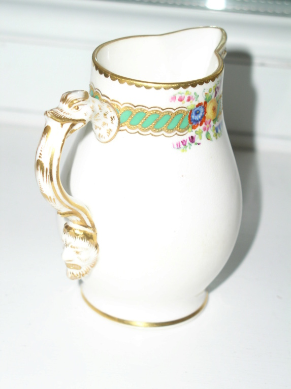 Delicate little cream jug with mask spout??Unmarked P1010814