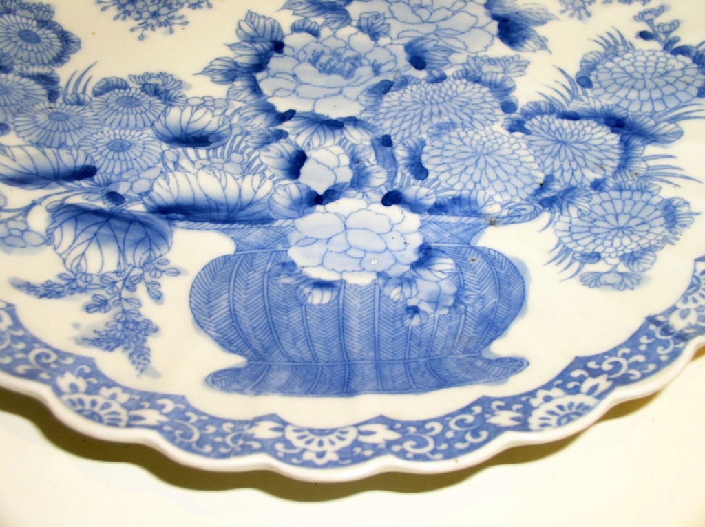 Large Platter In Cobalt Blue Chinese Reproduction/Original?? P1010912