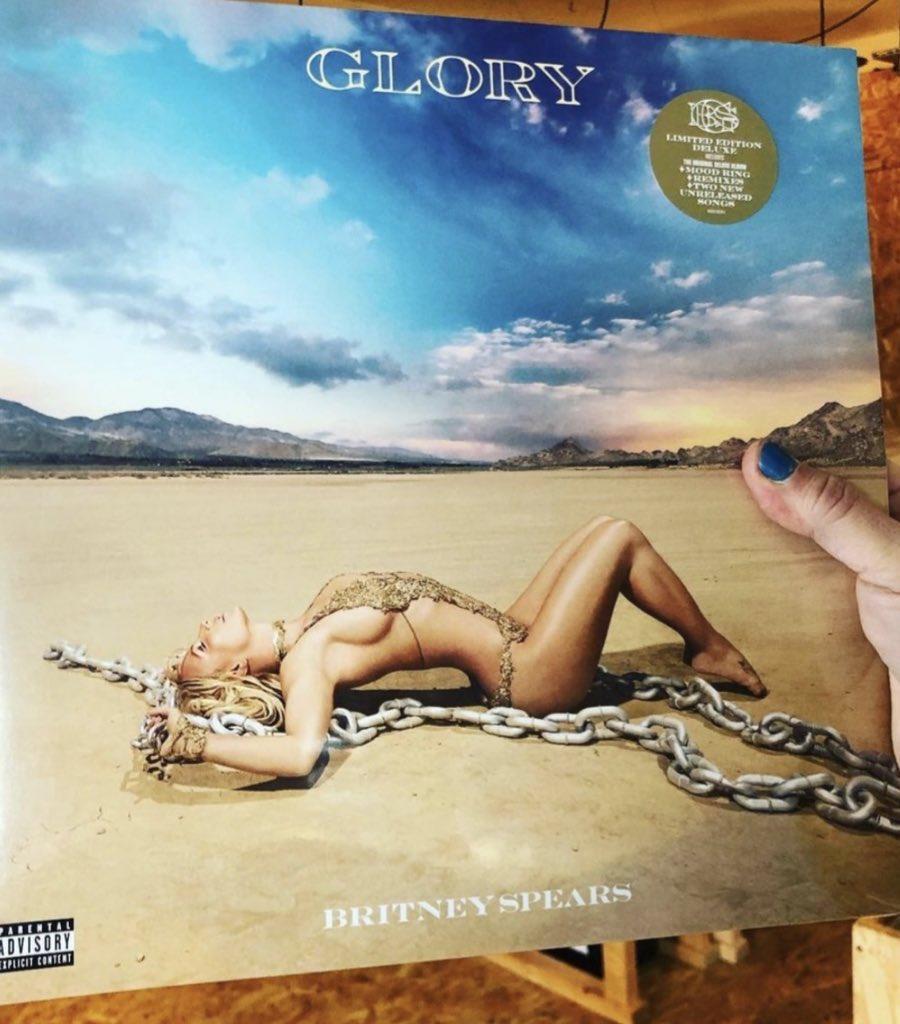 "Britney Spears >> single ""Swiming In The Stars""  - Página 10 56ee5e10"