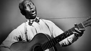 Histoire du blues chanté - Page 6 Leadbe10