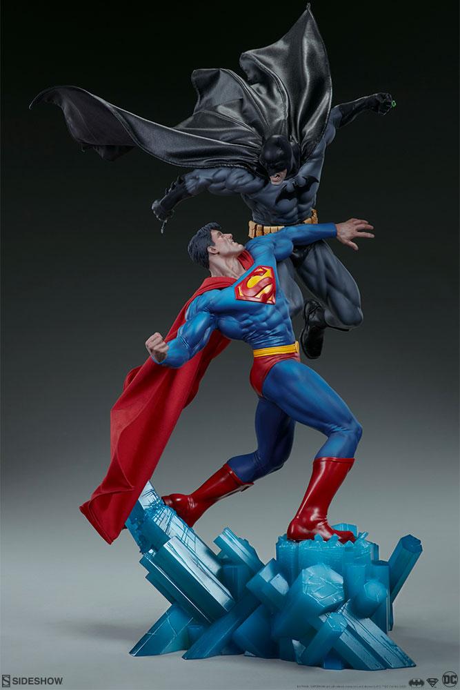 [Sideshow] Batman vs Superman Diorama 20053919