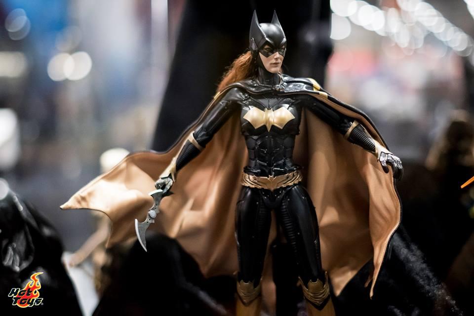 [Hot Toys]- Batman: Arkham Knight- Batgirl 1/6 37331010