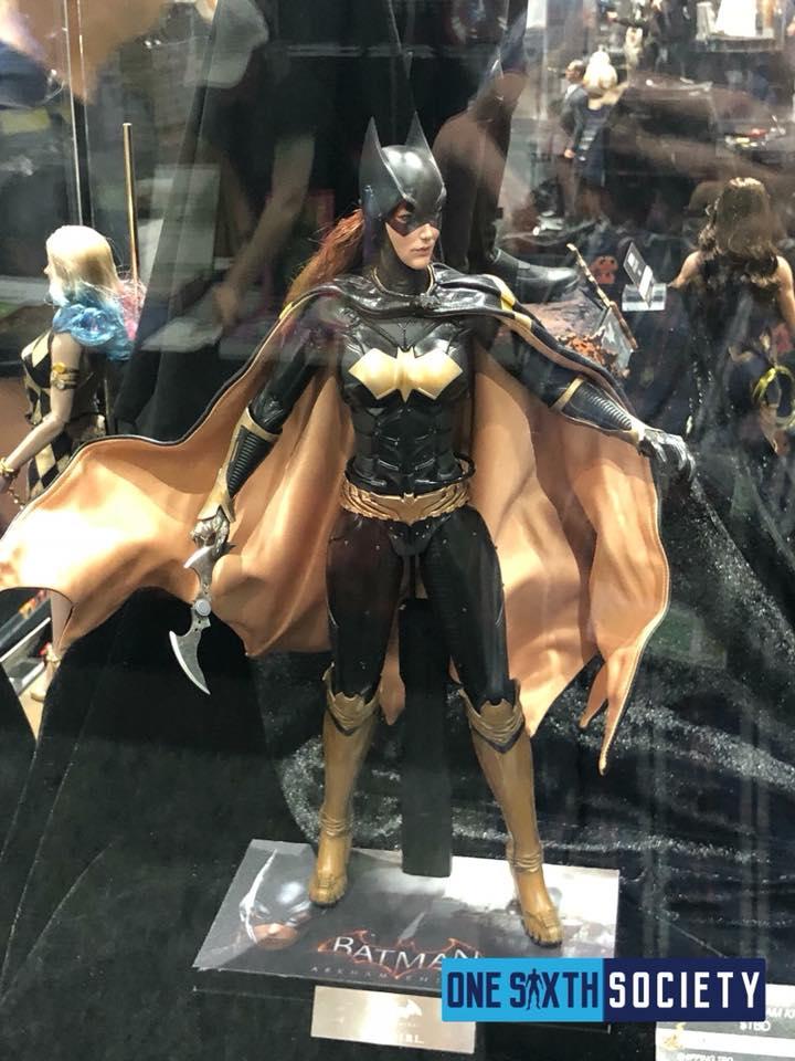 [Hot Toys]- Batman: Arkham Knight- Batgirl 1/6 37346210