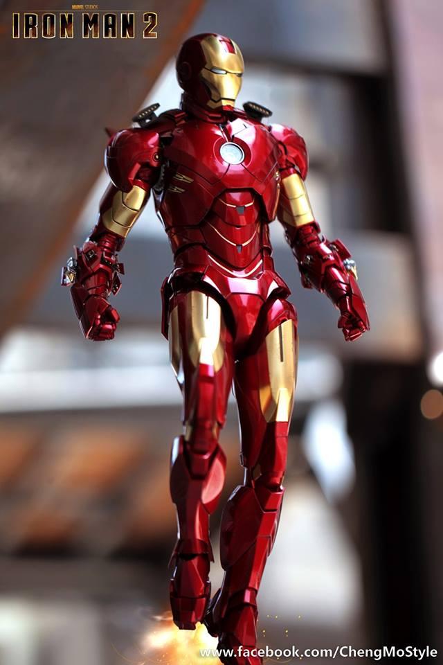 [Hot Toys] -Iron Man 2-Mark IV with Suit-Up Gantry 1/6 41238310