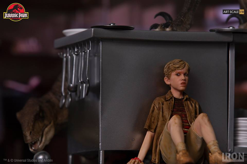 [Iron Studios] Jurassic Park- Velociraptors in the Kitchen Diorama Art Scale 1/10  42607410