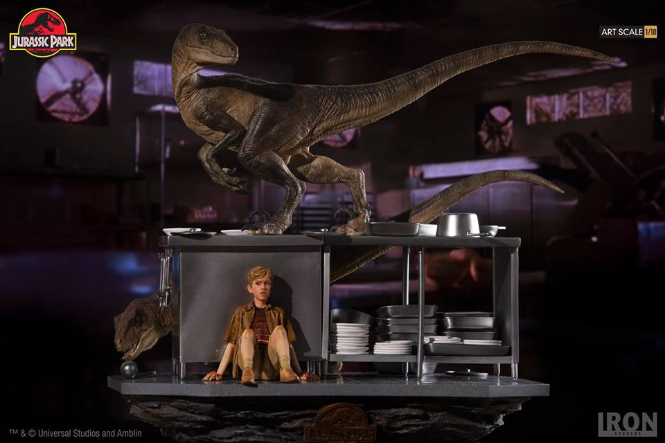 [Iron Studios] Jurassic Park- Velociraptors in the Kitchen Diorama Art Scale 1/10  42648910