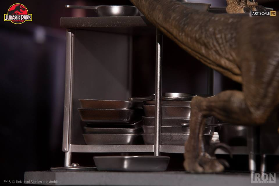 [Iron Studios] Jurassic Park- Velociraptors in the Kitchen Diorama Art Scale 1/10  42651210