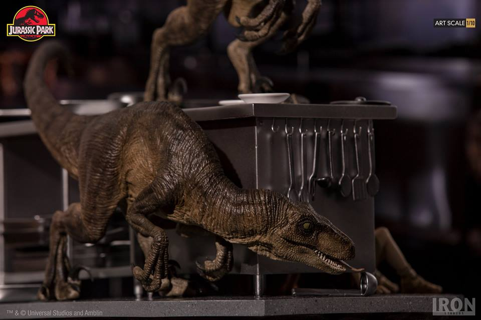 [Iron Studios] Jurassic Park- Velociraptors in the Kitchen Diorama Art Scale 1/10  42655910