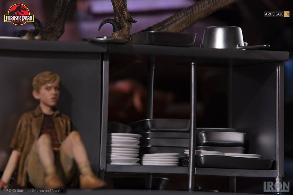 [Iron Studios] Jurassic Park- Velociraptors in the Kitchen Diorama Art Scale 1/10  42663210