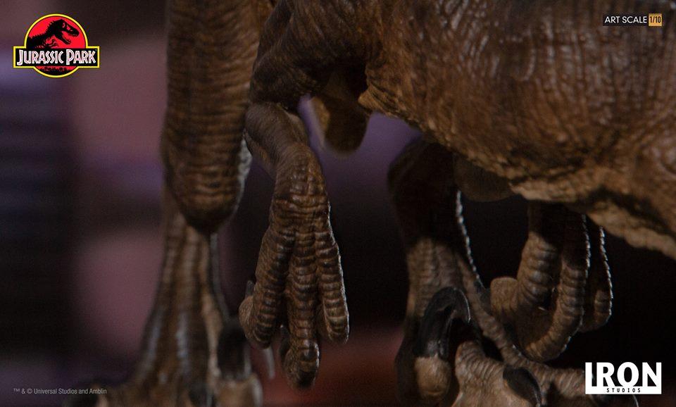 [Iron Studios] - Jurassic Park- Crouching Velociraptor  1/10 42738710