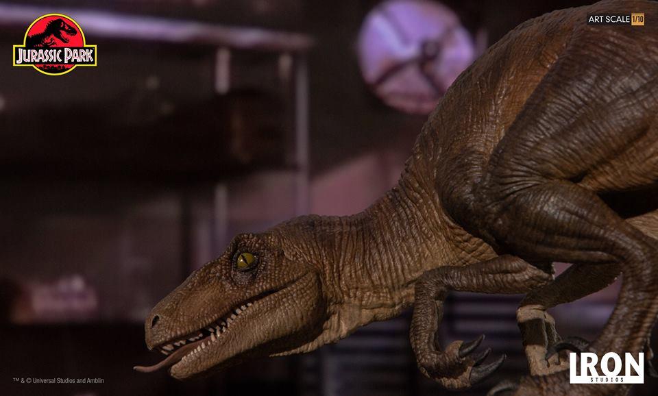 [Iron Studios] - Jurassic Park- Crouching Velociraptor  1/10 42756510