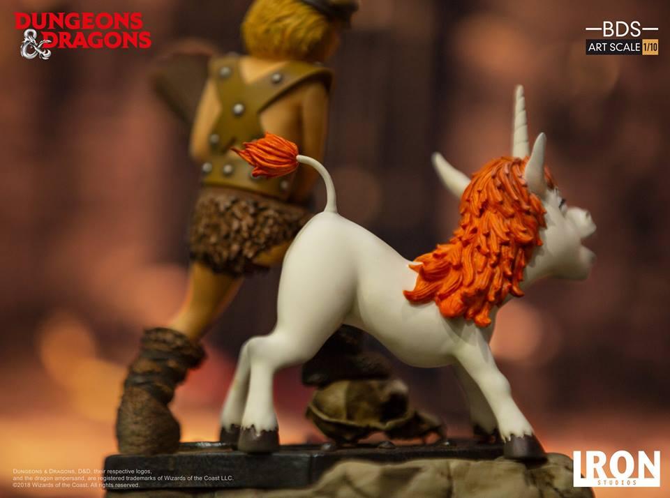 [Iron Studios] - Dungeons & Dragons - Bob, o bárbaro e Uni 1/10 44842610