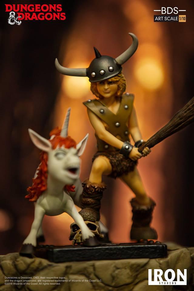 [Iron Studios] - Dungeons & Dragons - Bob, o bárbaro e Uni 1/10 44882010