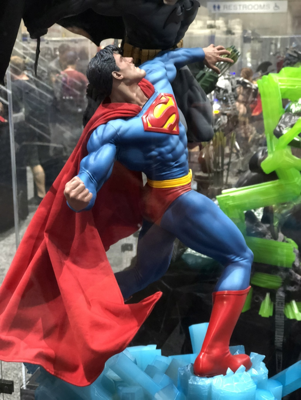 [Sideshow] Batman vs Superman Diorama B9_ee310