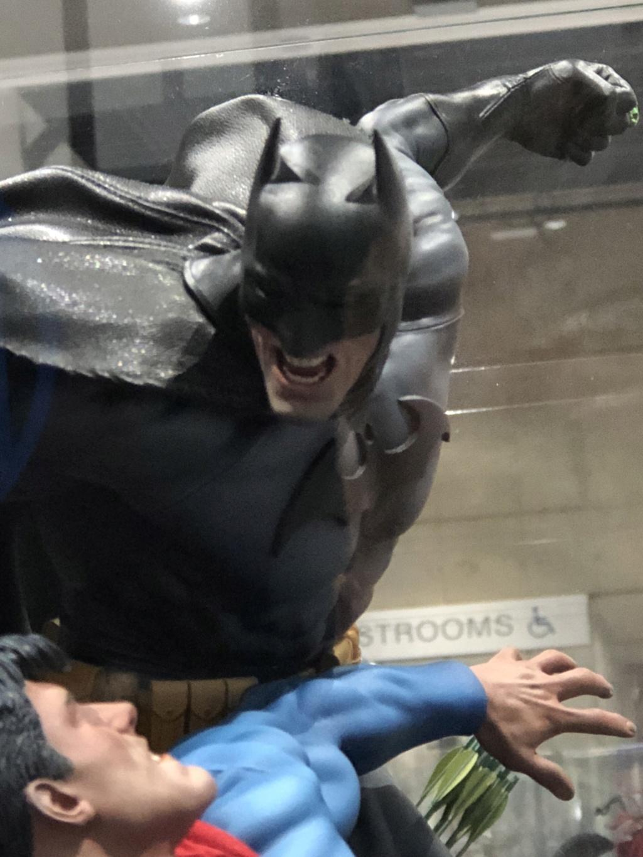 [Sideshow] Batman vs Superman Diorama D9254410