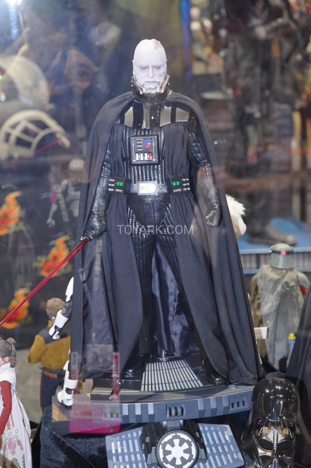 [Hot Toys] -Star Wars EP. VI-Darth Vader 1/4 Sdcc-213