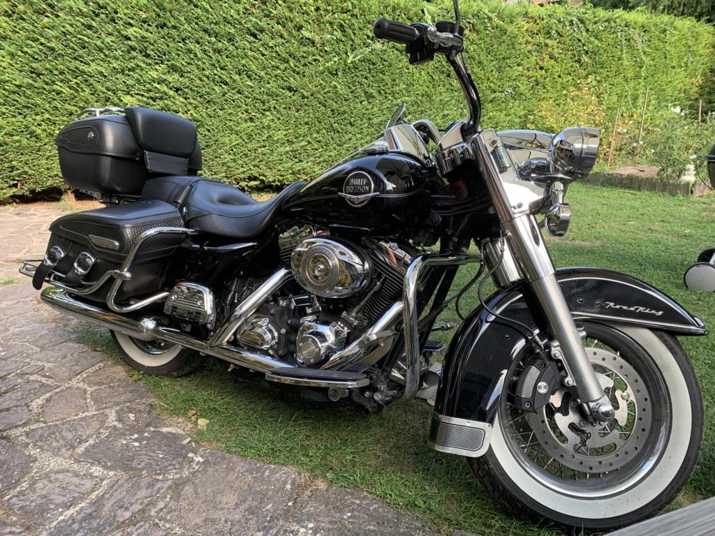 Road King uniquement, combien sur Passion-Harley  - Page 29 Img_3218