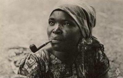 Le 22 mai – A la Saint Émile, brûlez des feuilles de tabac vieux, c'est fumée d'évangile ! Congol11