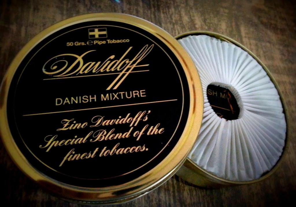 Des fleurs dans le tabac pour le 5 octobre  Davido42
