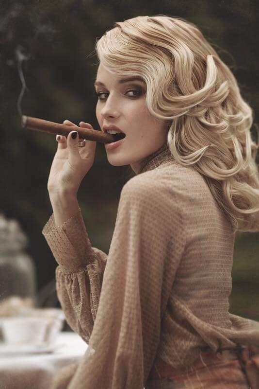 7 mars, des pipes la fumée n'est que félicité  Proxy_11