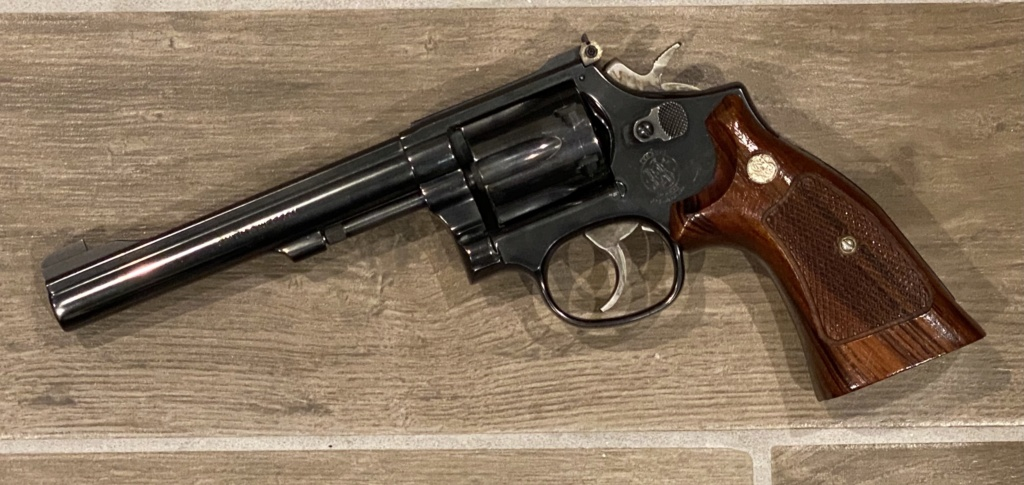 Revolver grips? - Page 2 Img_3312