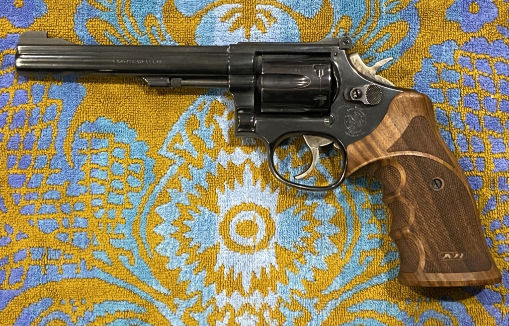 Revolver grips? - Page 2 Img_3313