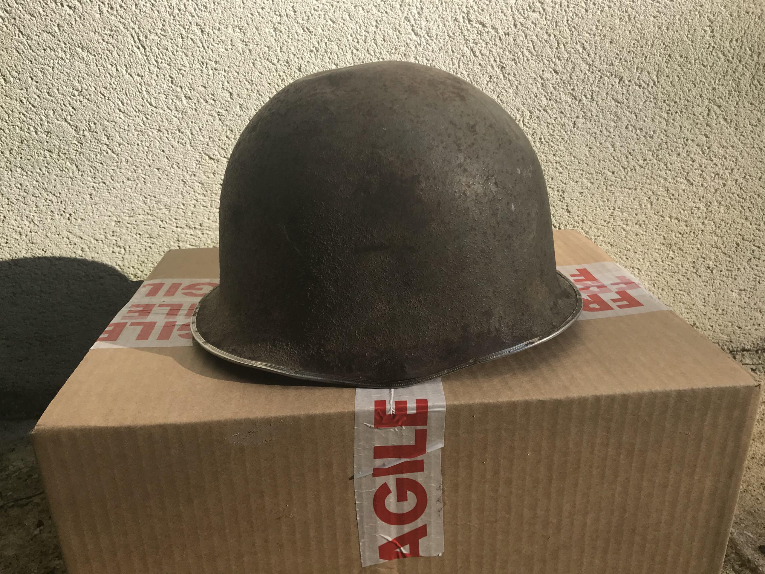 identifiation d'une bombe casque M1 américain ou TTA51 français Img_1612