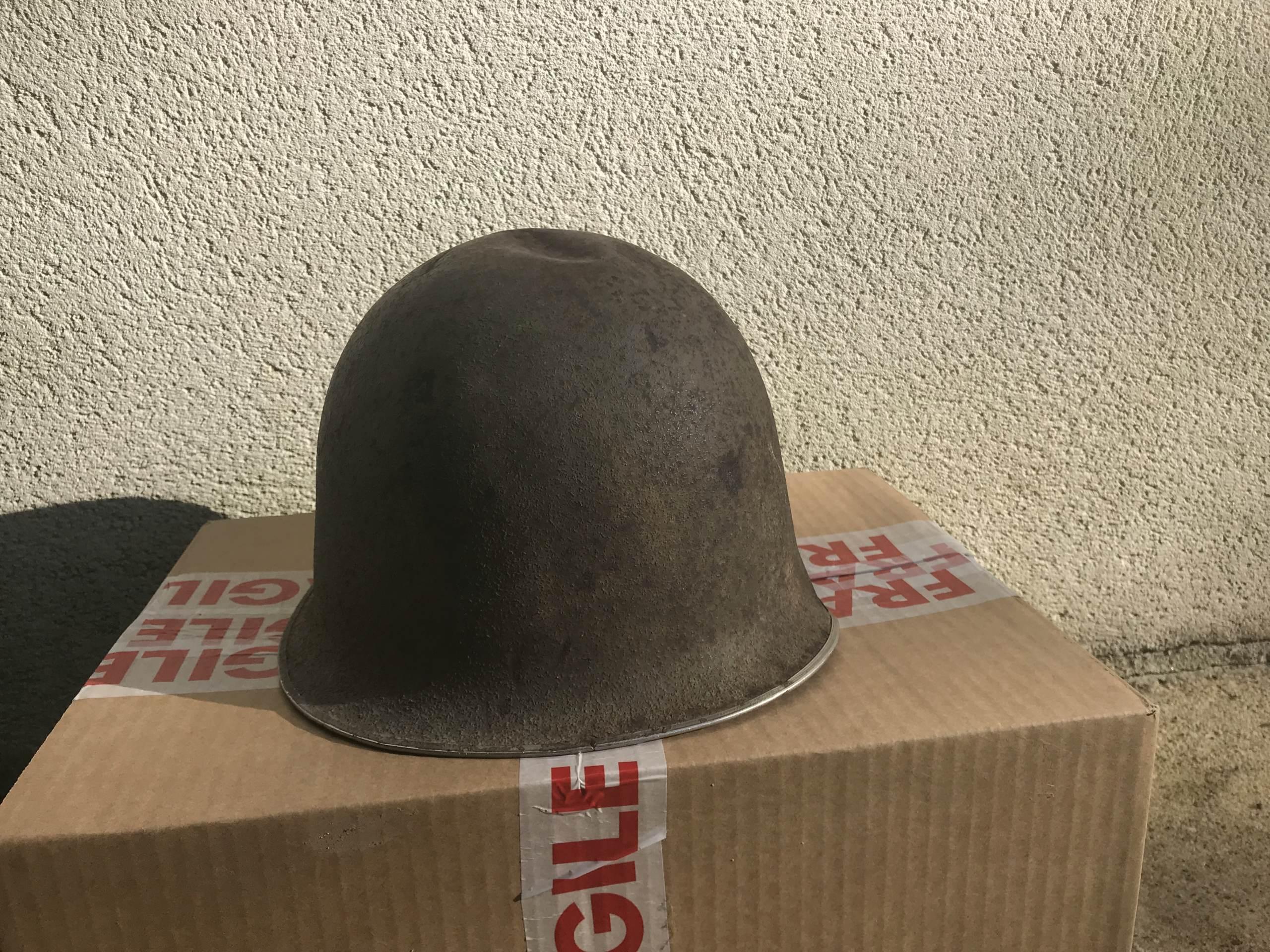 identifiation d'une bombe casque M1 américain ou TTA51 français Img_1613