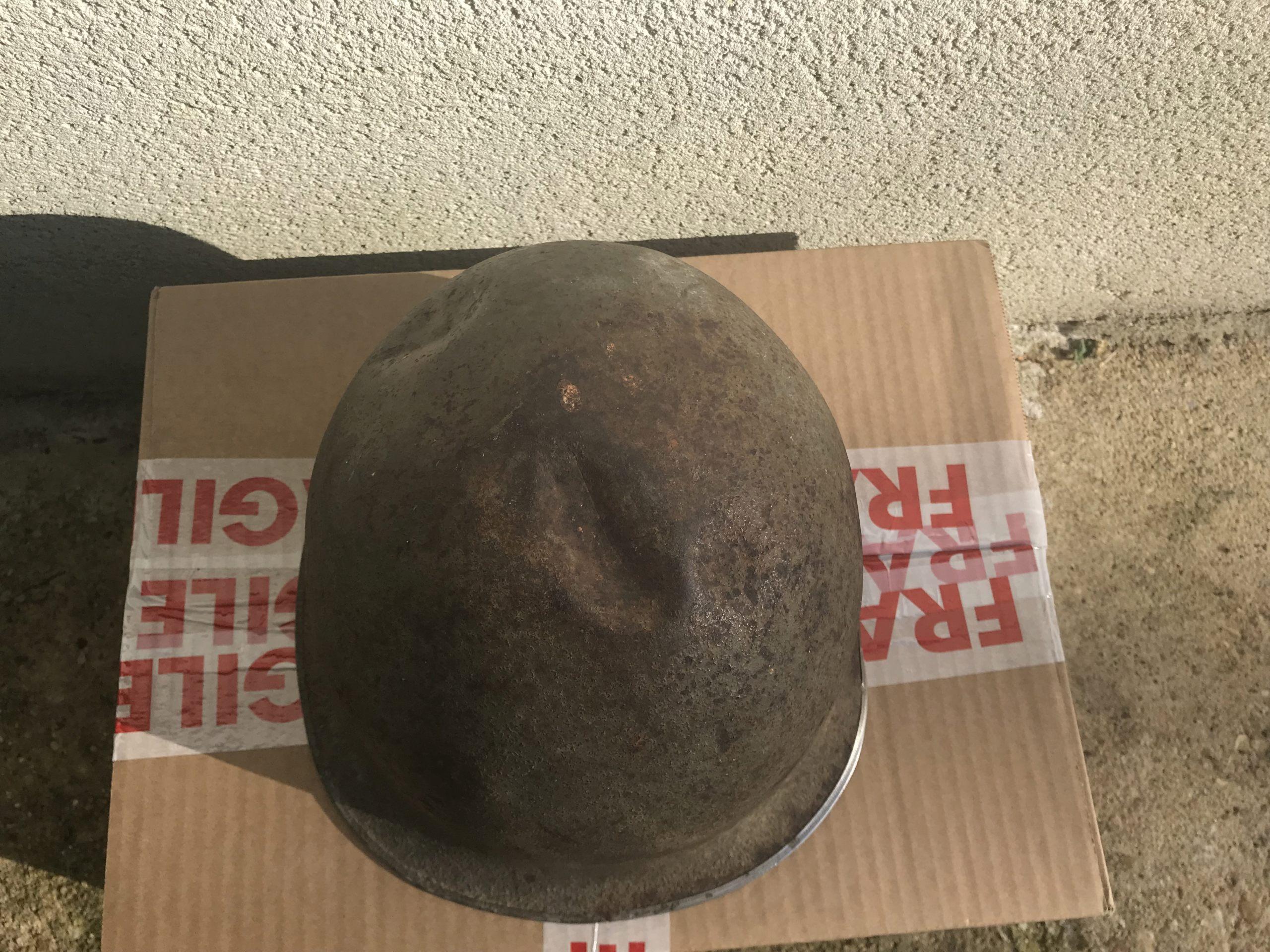 identifiation d'une bombe casque M1 américain ou TTA51 français Img_1616