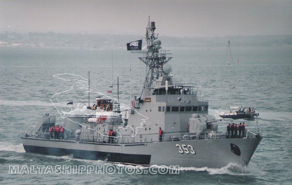 جديد السفن الحربية التي تصنعها الجزائر.. 353_el10