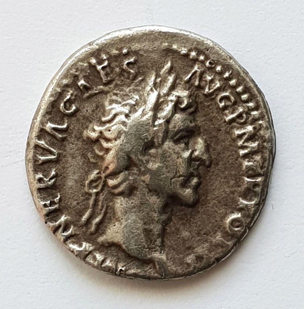 moneda de nerva  Nerva11