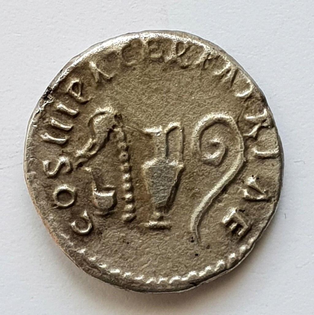 moneda de nerva  Nerva_11
