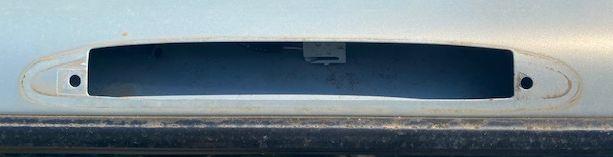 Changement malle arrière : étanchéité des pattes Img_1110