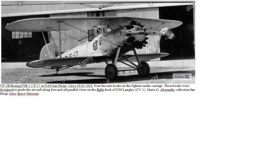 Premier appontage sur un porte avions par le LV Paul Teste Hook_310