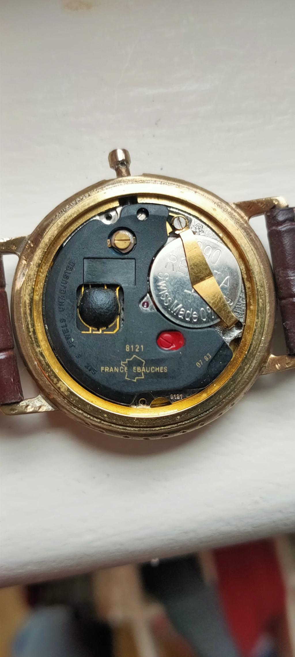 ZENITH -  [Postez ICI les demandes d'IDENTIFICATION et RENSEIGNEMENTS de vos montres] - Page 28 15735415