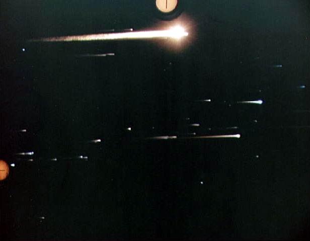 Les Observations du 5 novembre 1990 un étage de fusée et des Ovnis? - Page 18 Rentre10