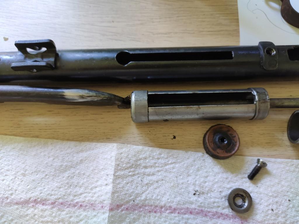 """Avis sur carabine à plomb ancienne anglaise """"Milbro"""" et sa réparation Img_2032"""