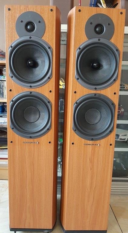 WHARFEDALE DIAMOND 9.5 floorstanding speakers  Speake12