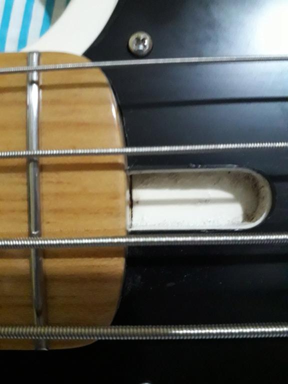 Projeto de baixo na Guidini Guitars (cancelado pela luthieria) 20201214
