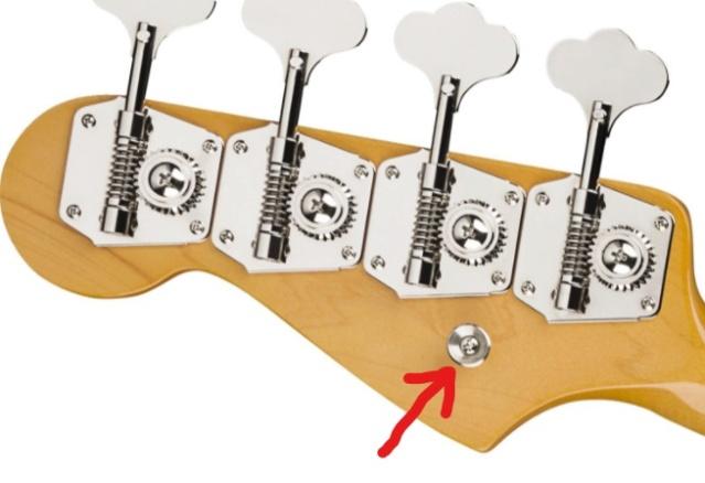 Função de arruela na traseira do headstock dos Jazz Bass antigos Screen12