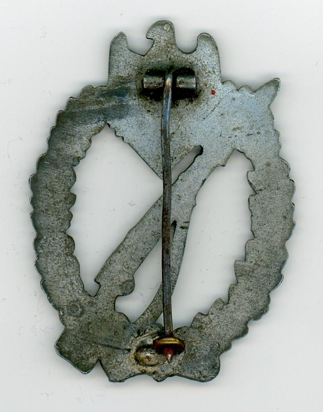 Avis sur insigne allemand infanterie d'assaut Iab_si27